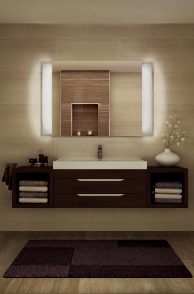 Infrarotheizung als Spiegel mit seitlicher LED-Beleuchtung. Heizung und Beleuchtung sind unabhängig von einander schaltbar