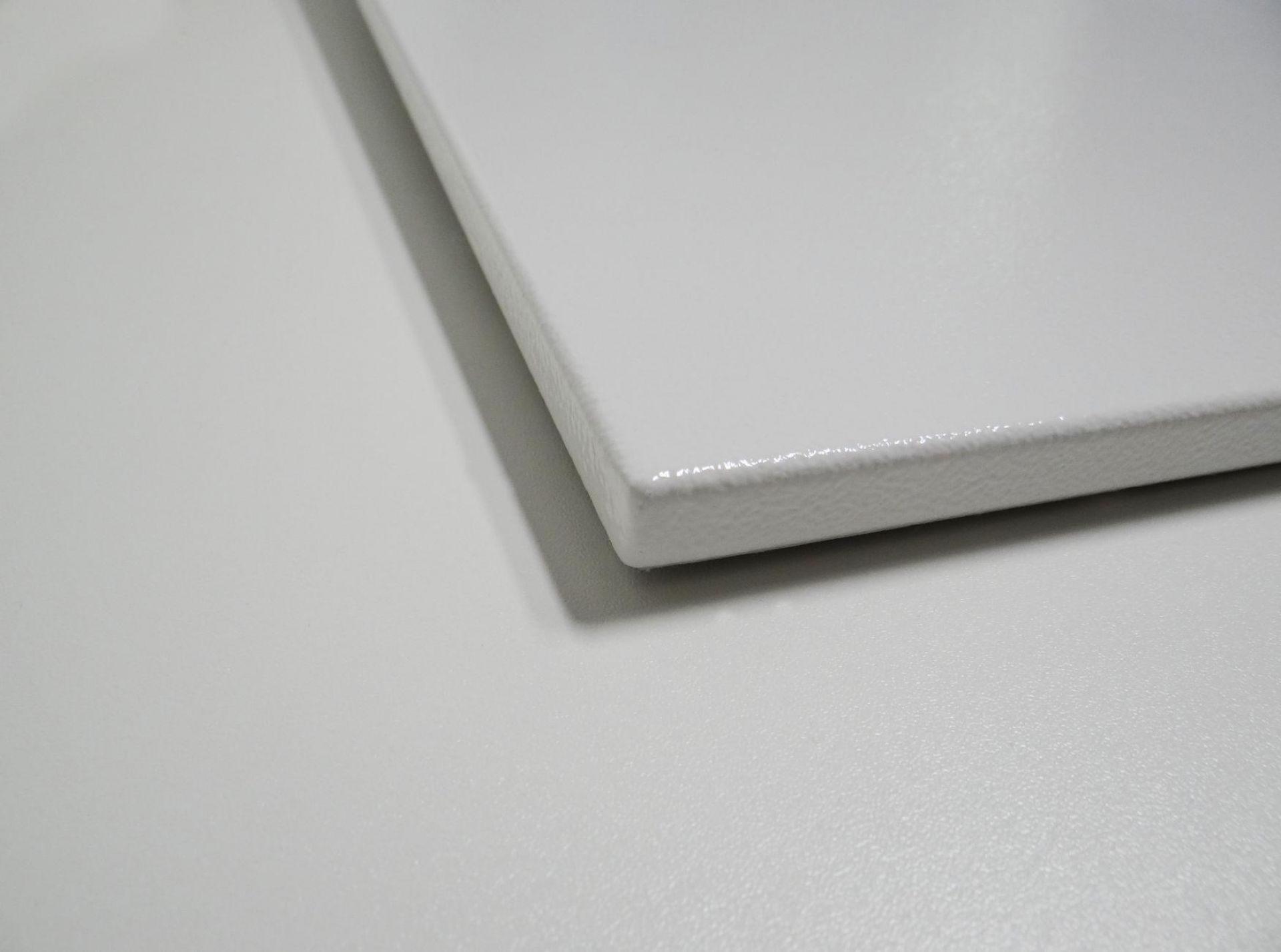 Infrarotheizung Powersun Reflex, Oberfläche, Knebel Infrarotheizungen
